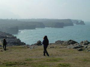 Paseo por los acantilados de la costa de Llanes