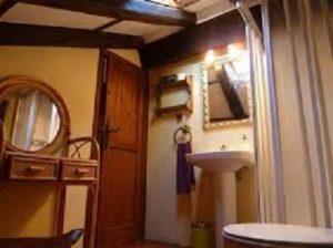 Baño privado en habitación doble